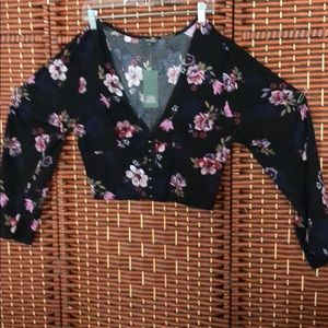 Shirt cropped shirt hooked clasps bell sleeves